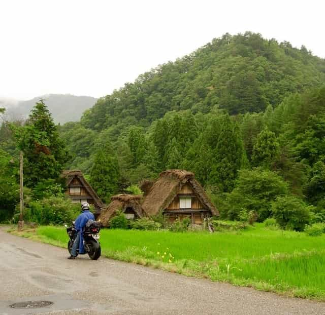 japan motorcycle tour ninjatours kyoto takayama straw roof houses