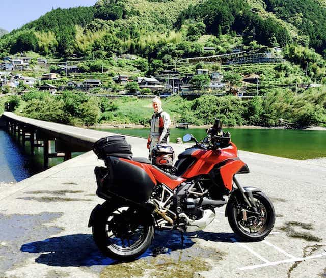 Japan motorcycle tour ninjatours dogo onsen ashizukuri parking by seaside