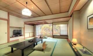 Japan motorcycle tours ninjatours nikko inawashiro ryokan traditional bedroom