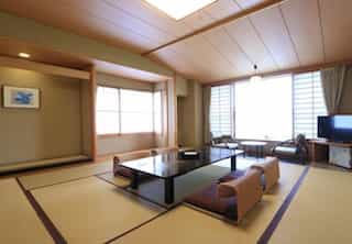 Japan motorcycle tours ninjatours Nabari Shizuoka ryokan traditional bedroom