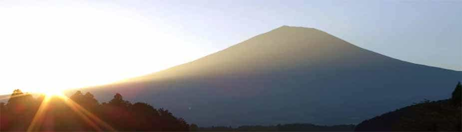 Japan Motorcycle Tours Ninjatours Mt Fuji at sunrise